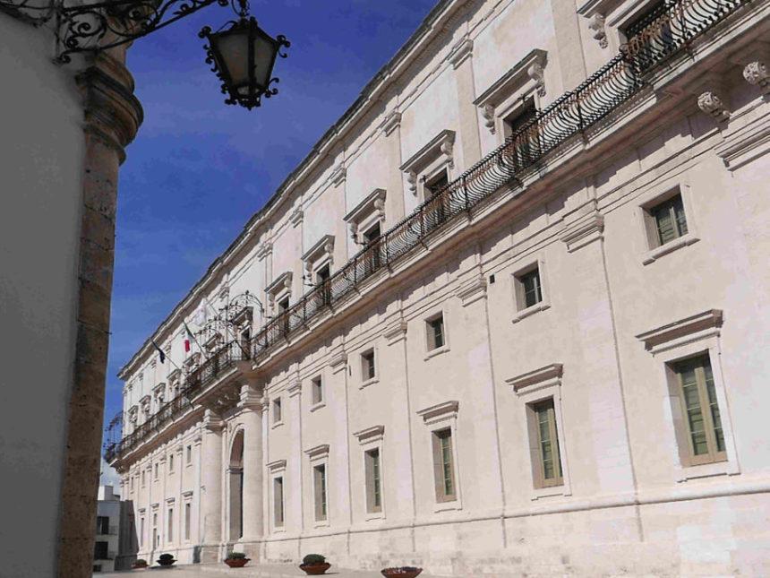 Festival della Valle d'Itria: la 46a edizione fra Palazzo Ducale, chiostri, masserie intorno al mito di Arianna e alle grandi voci di oggi