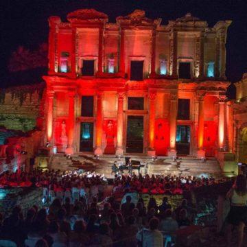 """Gli allievi dell'Accademia del Belcanto """"Rodolfo Celletti"""" all'Izmir Festival"""