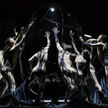La Creazione di Haydn inaugura il Festival della Valle d'Itria con una inedita messa in scena ideata da Fabio Ceresa con la Fattoria Vittadini e la direzione di Fabio Luisi